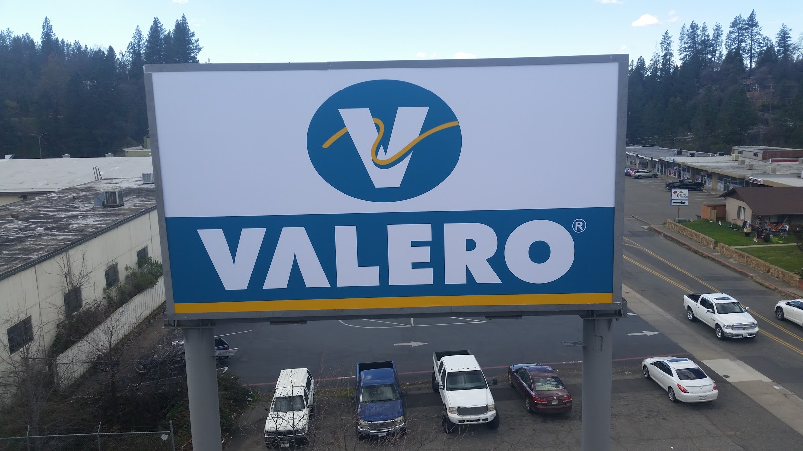 Valero Pylon